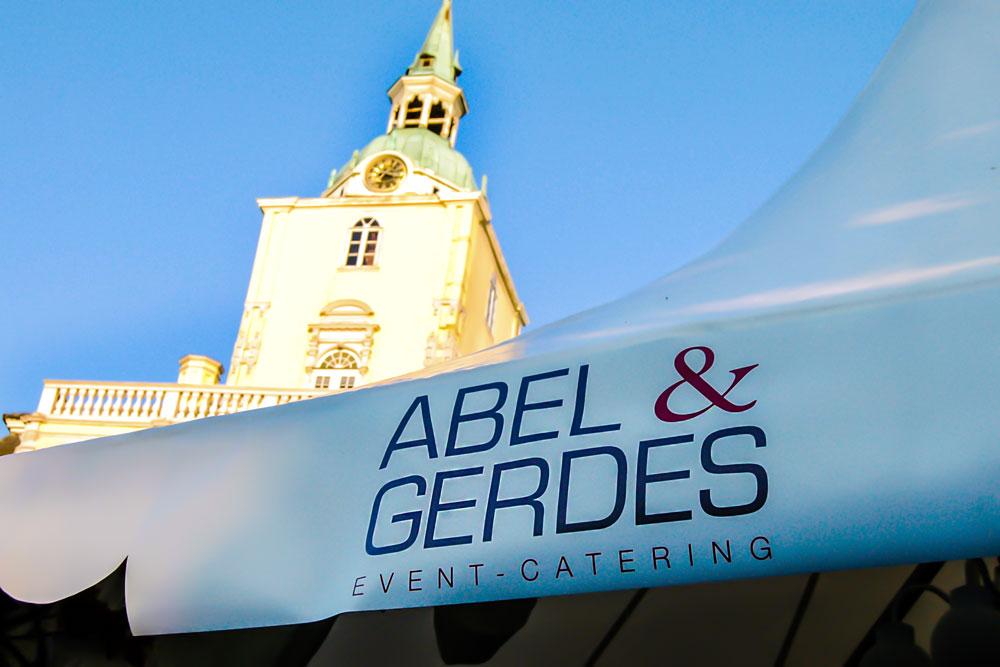 Auch Abel & Gerdes Catering wird in diesem Jahr wieder mit einer Pagode beim Oldenburger Weinfest vertreten sein.